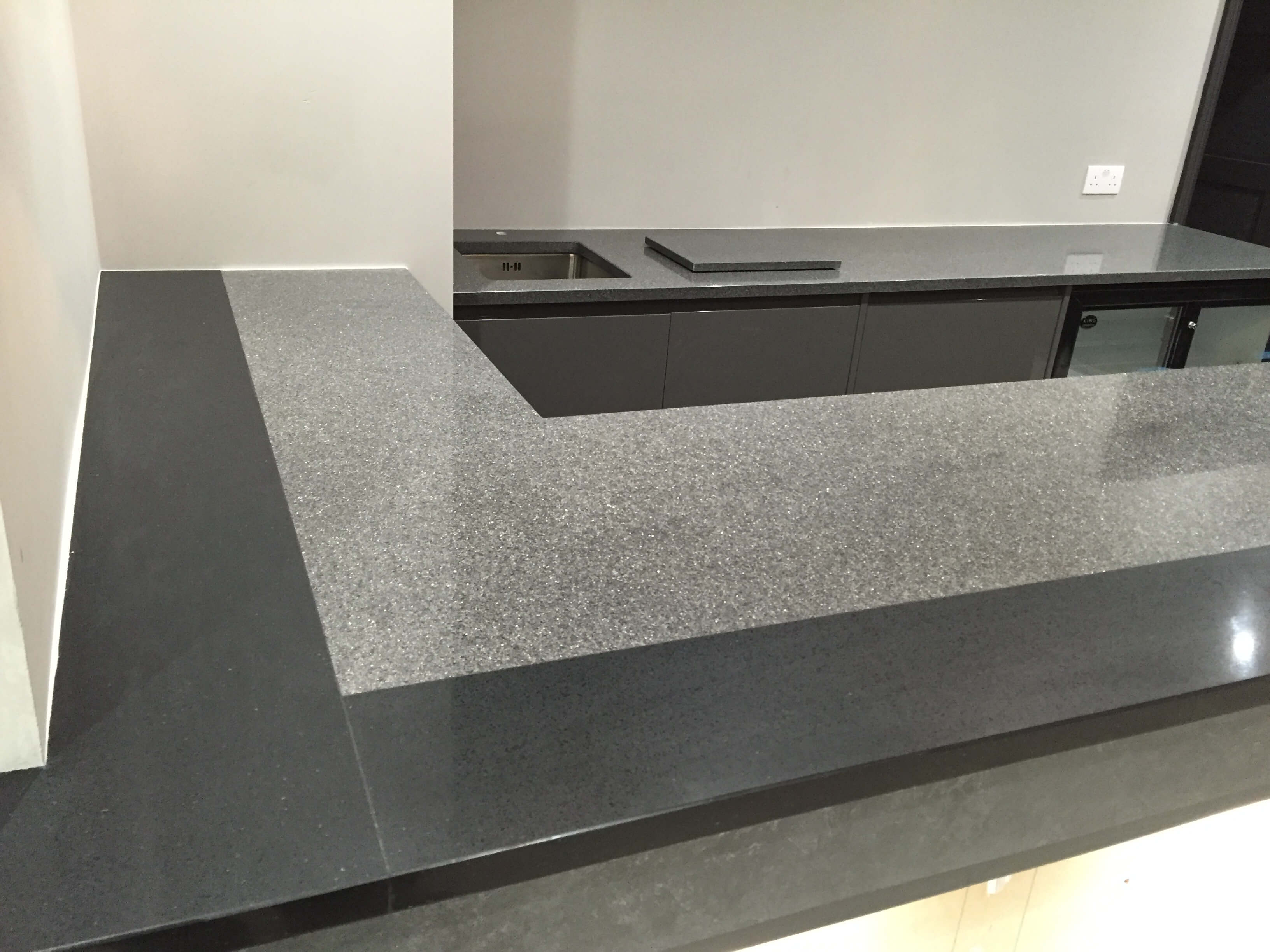 dark and light grey granite worktops
