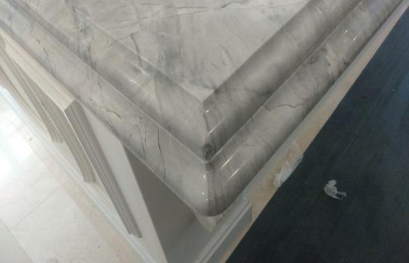 grey marble kitchen edge